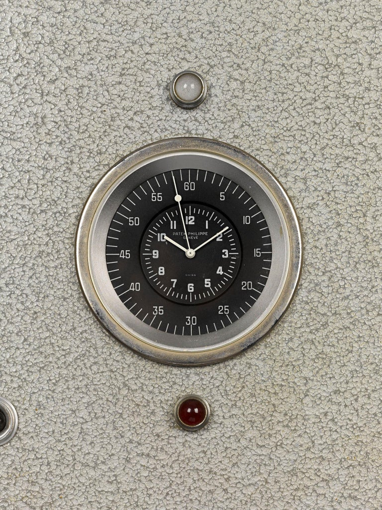 Patek Philippe Chronoquartz Electronic Wall Clock In Good Condition For Sale In New Orleans, LA