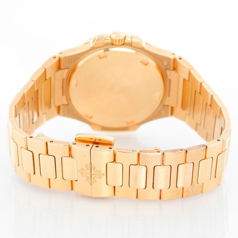 Patek Philippe & Co. 18 Karat Rose Gold Nautilus Diamond Watch 7010R For Sale 1