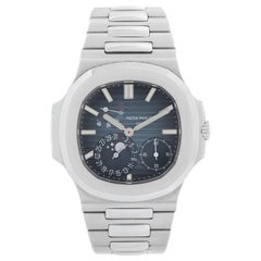 Patek Philippe & Co. Nautilus Men's Watch 5712 G-001