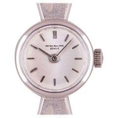 Patek Philippe Cocktail Vintage Ladies 18 Karat White Gold Silver Dial 3266/18