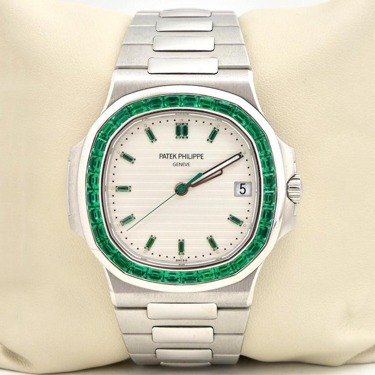 Patek Philippe Emerald 5711P Nautilus 40th Anniversary Watch In Excellent Condition For Sale In Miami, FL