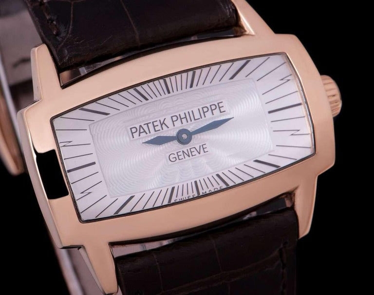 Patek Philippe Gondolo Gemma 18 Karat Rose Gold White Mother of Pearl Dial 4980R In Excellent Condition For Sale In London, GB