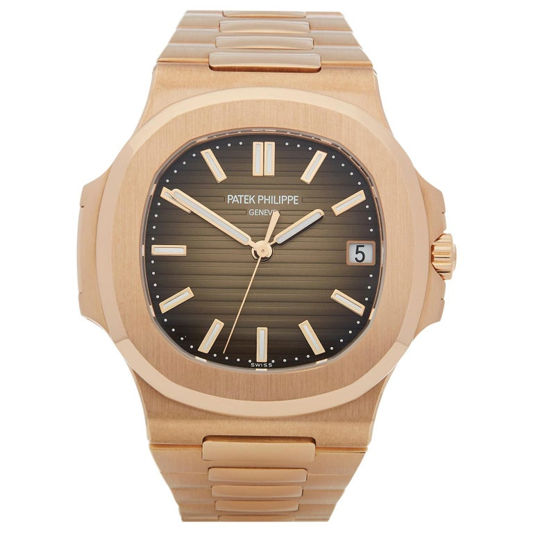 Patek Philippe Nautilus 18 Karat Rose Gold 5711R For Sale