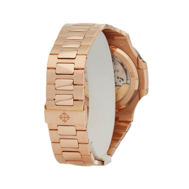 Patek Philippe Nautilus 18 Karat Rose Gold 5711R For Sale 1