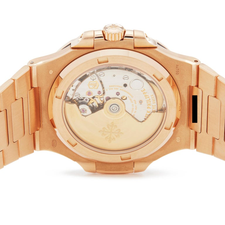 Patek Philippe Nautilus 18 Karat Rose Gold 5711R For Sale 2