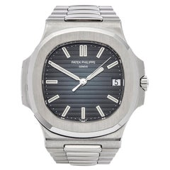 Patek Philippe Nautilus 5711/1A-001 Men's Stainless Steel Single Sealed Watch
