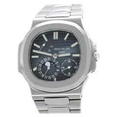 Patek Philippe Nautilus 5712/1A-001, Certified and Warranty
