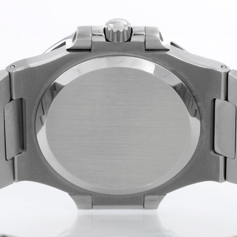 Patek Philippe Nautilus Men's Stainless Steel Watch 3800 For Sale 2