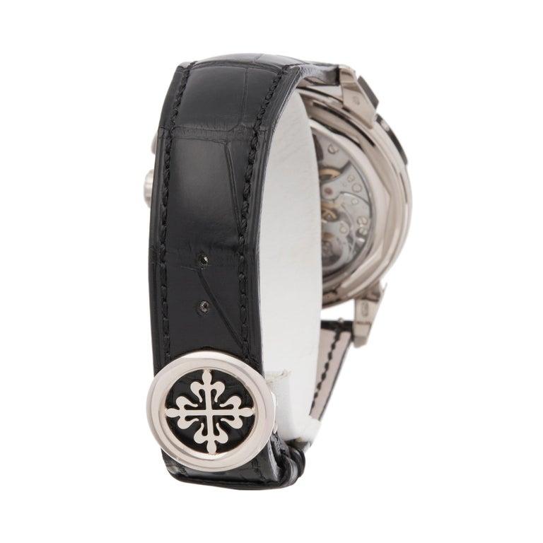 Patek Philippe Perpetual Calendar Chronograph 18K White Gold 5270G-001 Watch For Sale 1