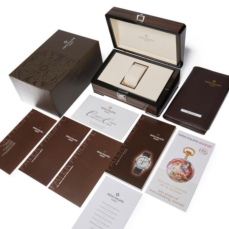 Patek Philippe Perpetual Calendar Chronograph 18K White Gold 5270G-001 Watch For Sale 3