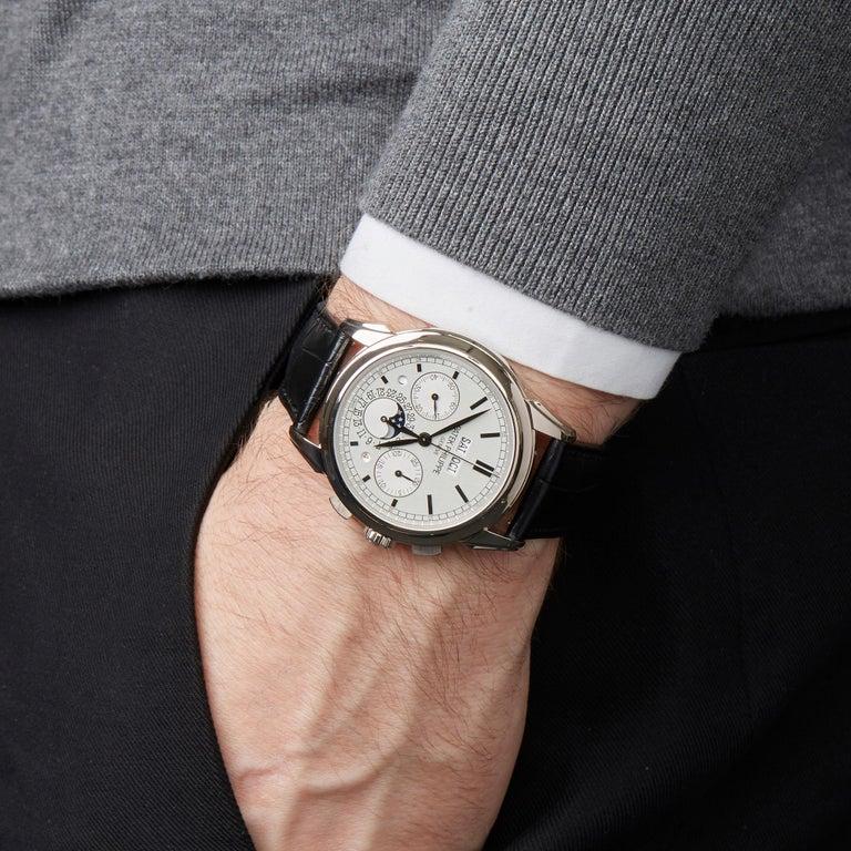 Patek Philippe Perpetual Calendar Chronograph 18K White Gold 5270G-001 Watch For Sale 4