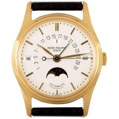 Patek Philippe Perpetual Calendar Retrograde 18k Yellow Gold Silver Dial 5050