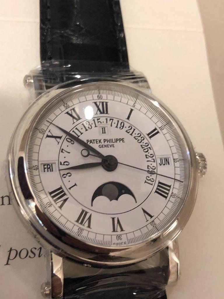 2006 Patek Philippe, Platinum, Reference 5059, Automatic Perpetual Calendar For Sale 3