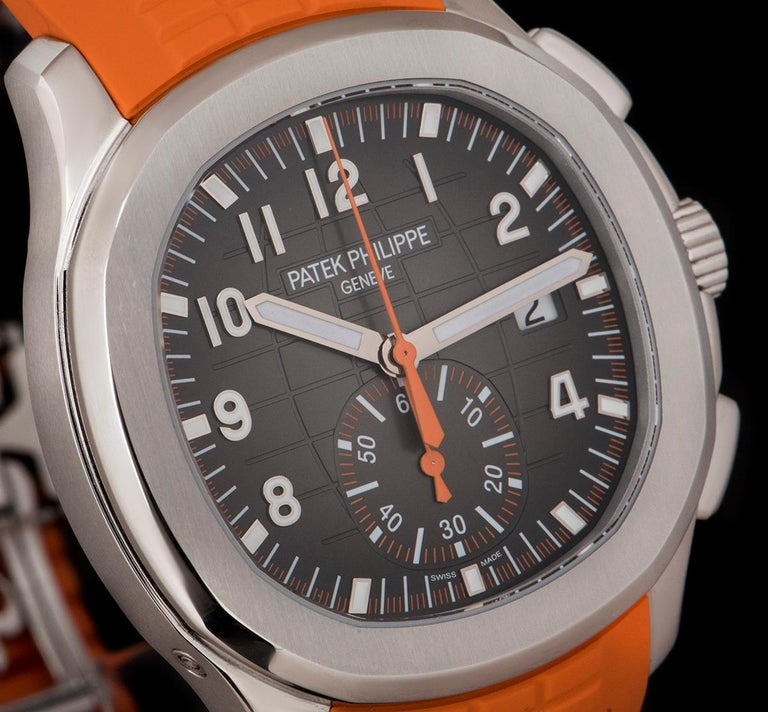 Patek Philippe Unworn Aquanaut Steel Black Dial 5968A-001 Automatic Wristwatch In New Condition For Sale In London, GB