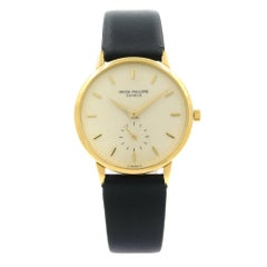 Patek Philippe Vintage 18 Karat Yellow Gold Satin Manual Wind Unisex Watch 3923