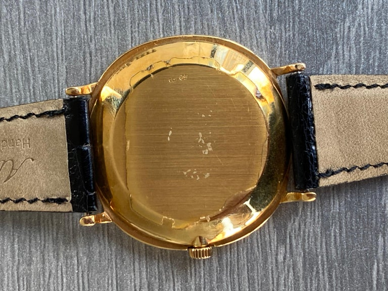 Patek Philippe Yellow Gold Automatic Ellipse 3839 In Excellent Condition For Sale In New York, NY