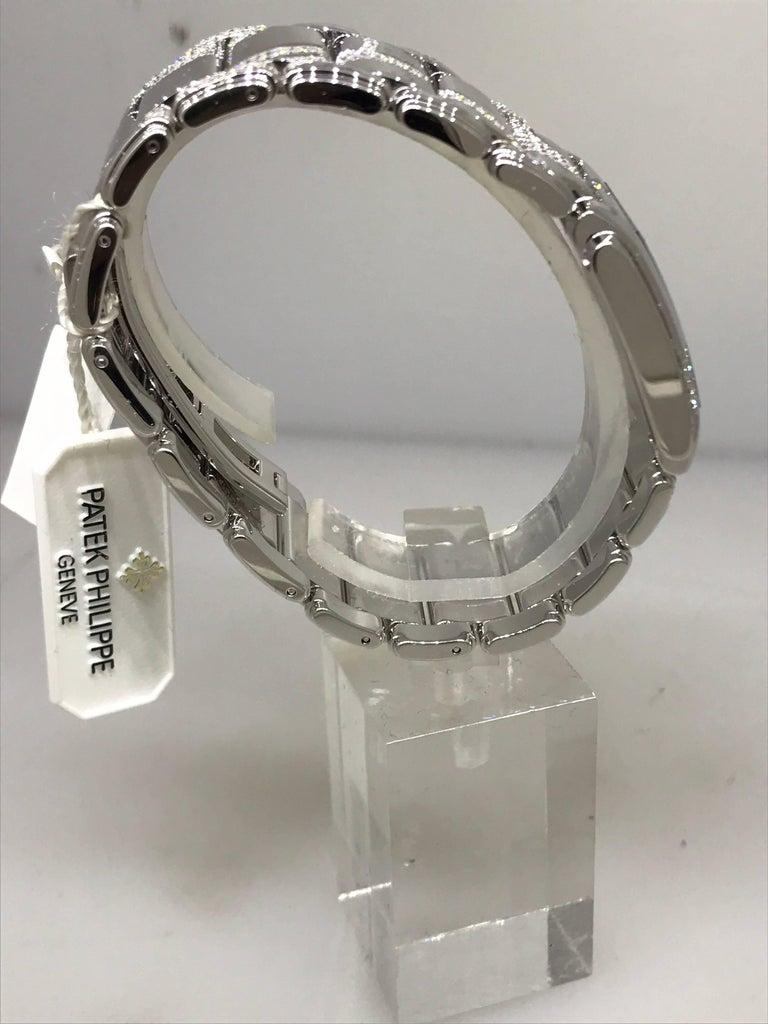 Women's Patek Philippe Ladies White Gold Diamond Twenty-4 Bracelet Wristwatch 4910/49g For Sale