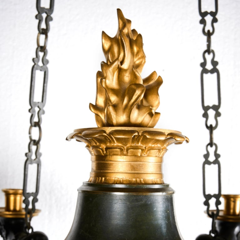 Patinated and Gilt Bronze French Empire 12-Branch Chandelier For Sale 3