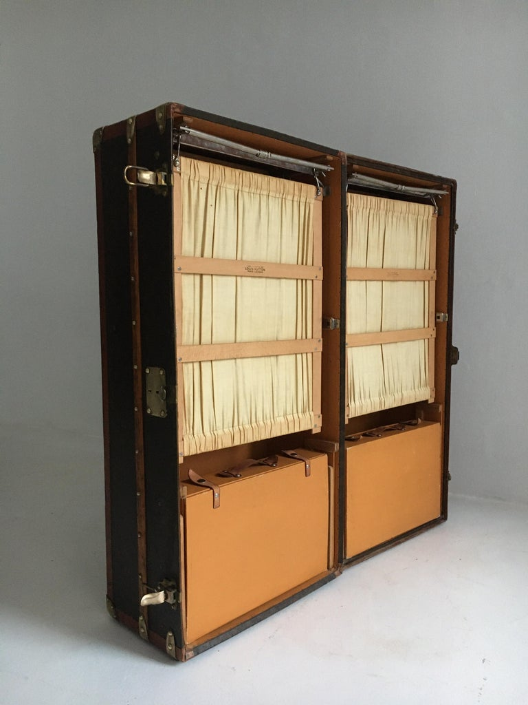 Early 20th Century Patinated Antique Louis Vuitton Double Wardrobe Trunk, France, 1920 For Sale