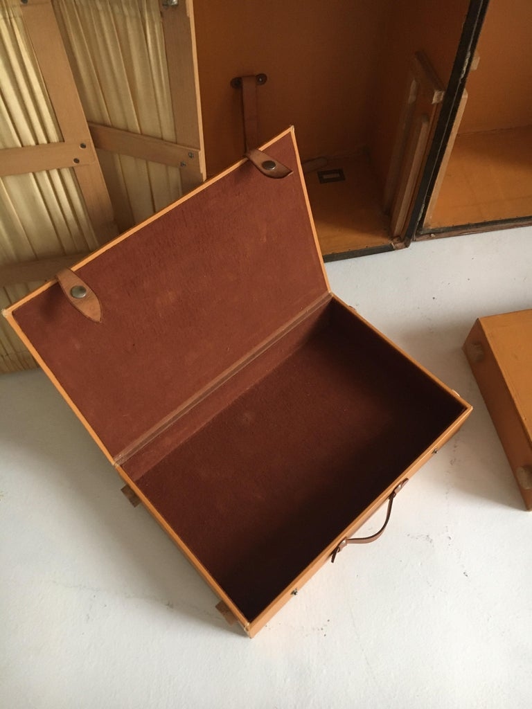 Patinated Antique Louis Vuitton Double Wardrobe Trunk, France, 1920 For Sale 2