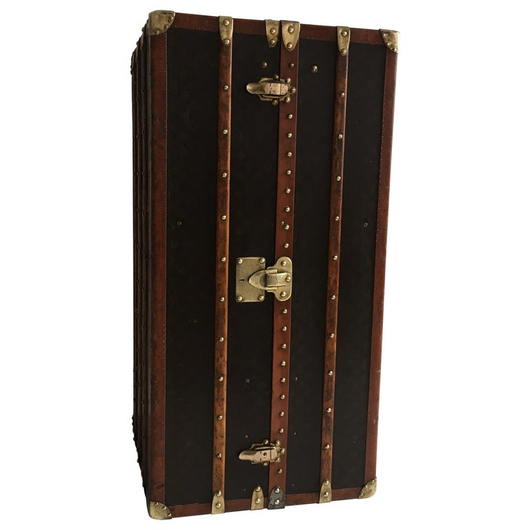 Patinated Antique Louis Vuitton Double Wardrobe Trunk, France, 1920 For Sale