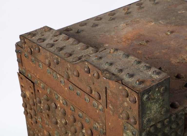 Patinated-Bronze Model of a Safe, after the Antique, 20th Century For Sale 4