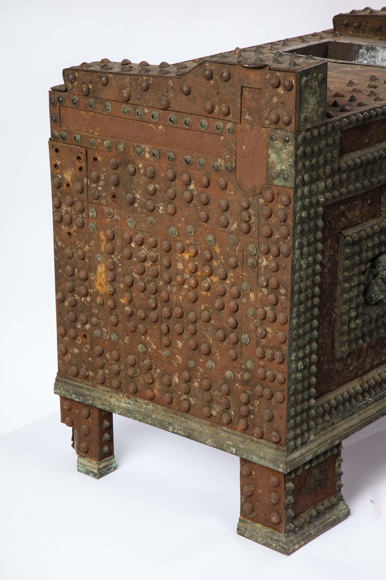 Patinated-Bronze Model of a Safe, After The Antique, 20th Century For Sale 7