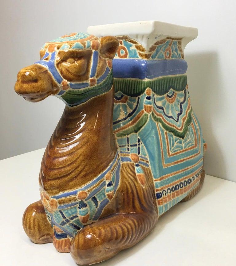 Patio Decoration Ceramic Hollywood Regency Camel Garden Stool or Side Table In Good Condition For Sale In Nürnberg, DE