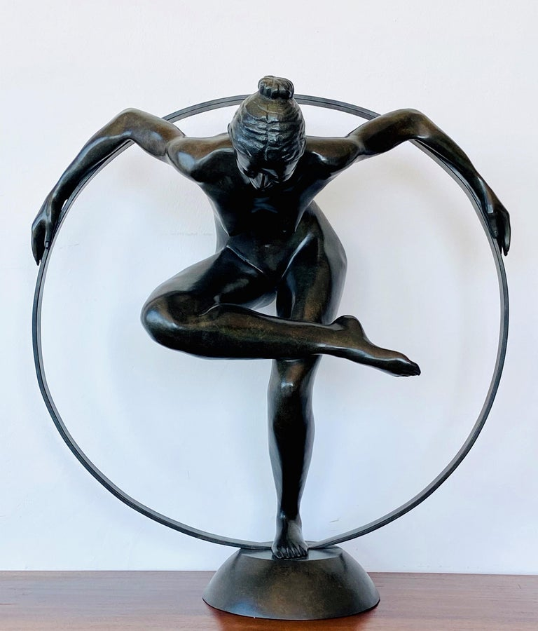 Patrick Brun Figurative Sculpture - Taking Off