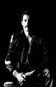Freddie Mercury, Queen, 1982