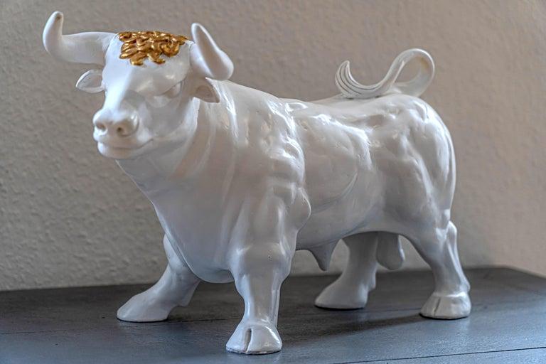 Patrick Schumacher Figurative Sculpture - Golden Bull