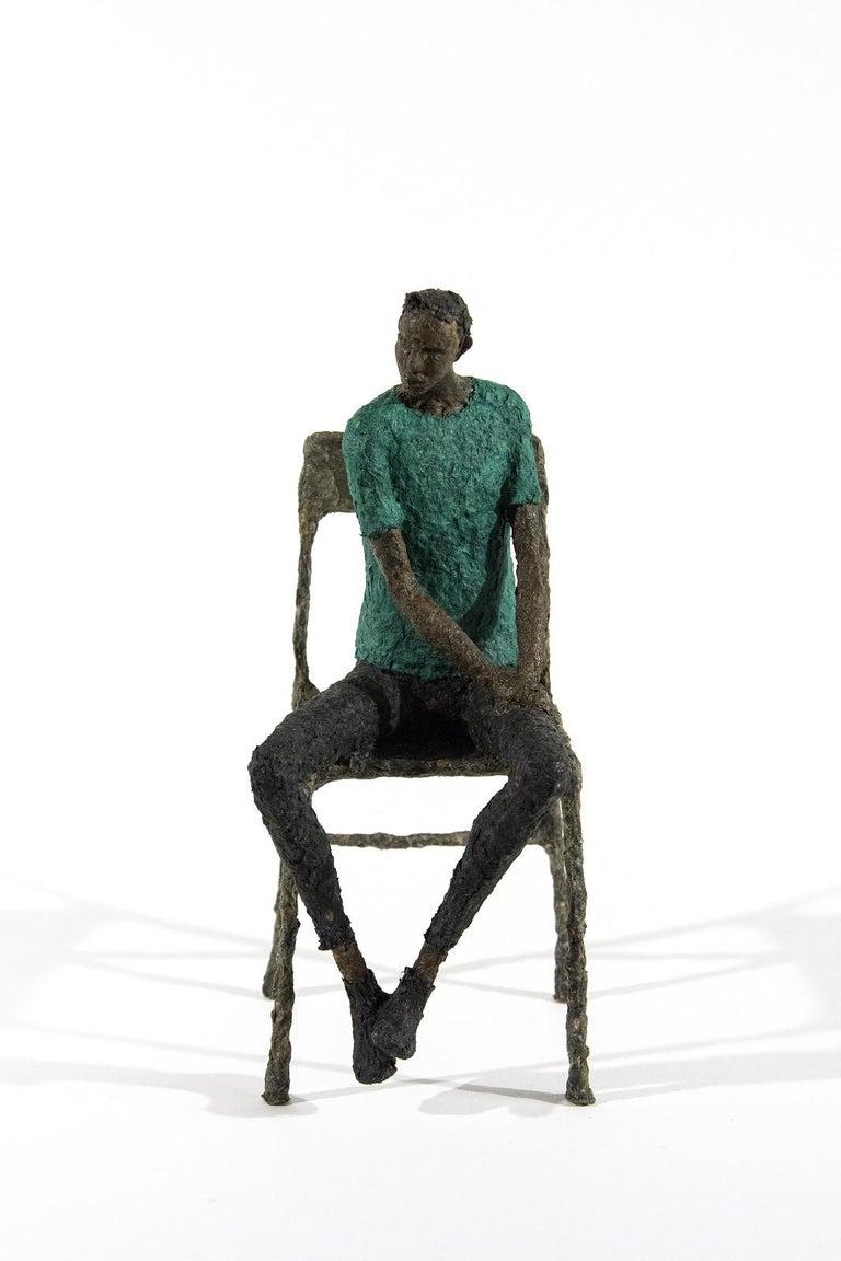 Paul Duval Figurative Sculpture - Attente homme bleu vert - expressive, figurative, male, paper mache sculpture