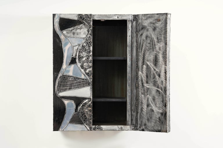 Paul Evans, Argente Wall Mounted Cabinet 'PE-39', USA In Good Condition For Sale In New York, NY