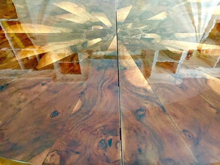 Paul Evans Burl and Chrome Expanding Dining Table In Good Condition For Sale In Los Angeles, CA