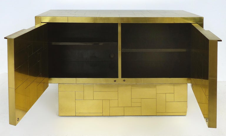 Mid-Century Modern Paul Evans Directional Brass Cityscape Credenza Cabinet with 2 Doors For Sale