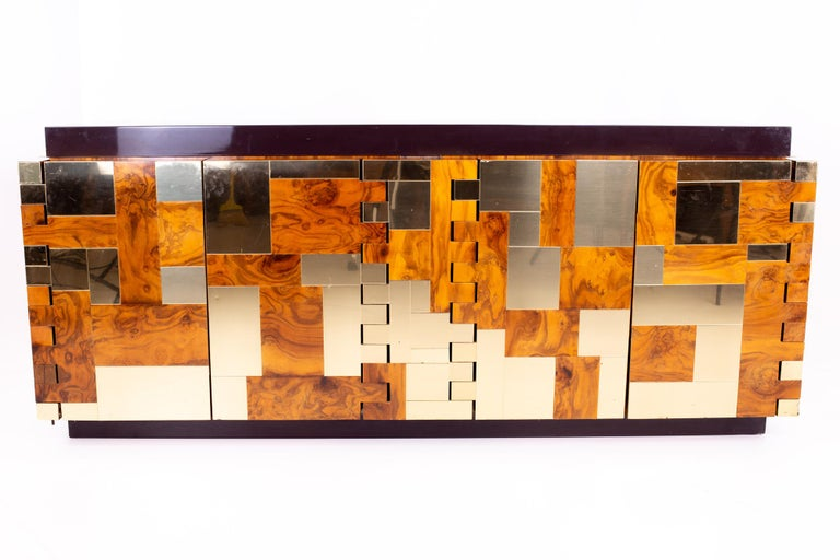 Paul Evans midcentury brass and burl wood Brutalist sideboard buffet credenza Measures: 76.5 wide x 21.25 deep x 32.25 high  All pieces of furniture can be had in what we call restored vintage condition. That means the piece is restored upon