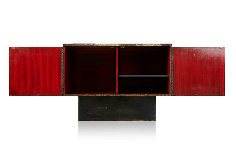 Paul Evans Patchwork Copper Cabinet with Slate Top for Directional, 1967 In Good Condition For Sale In Los Angeles, CA