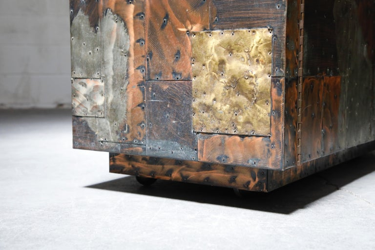 Paul Evans Patchwork Copper Flip-Top Dry Bar Cabinet for Directional, circa 1967 For Sale 9