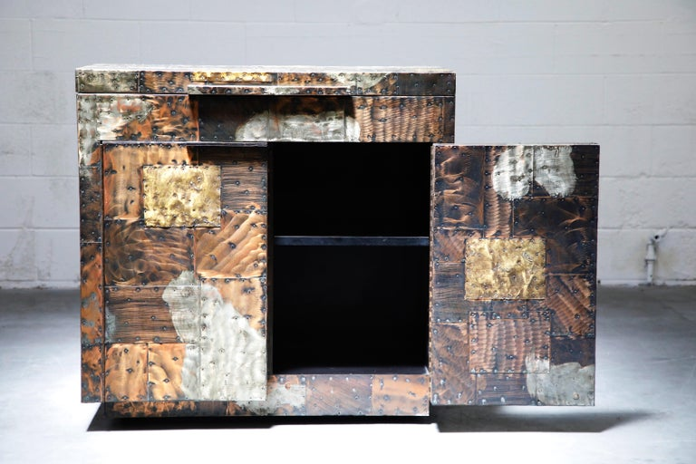 Brutalist Paul Evans Patchwork Copper Flip-Top Dry Bar Cabinet for Directional, circa 1967 For Sale