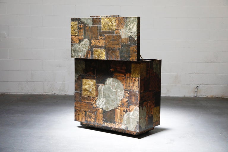 Paul Evans Patchwork Copper Flip-Top Dry Bar Cabinet for Directional, circa 1967 For Sale 1