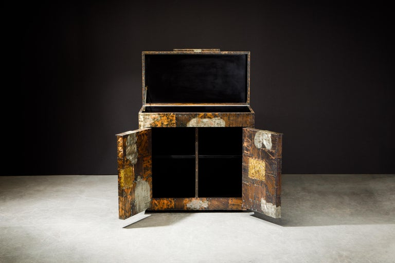 American Paul Evans Patchwork Copper Flip-Top Dry Bar Cabinet for Directional, circa 1967 For Sale