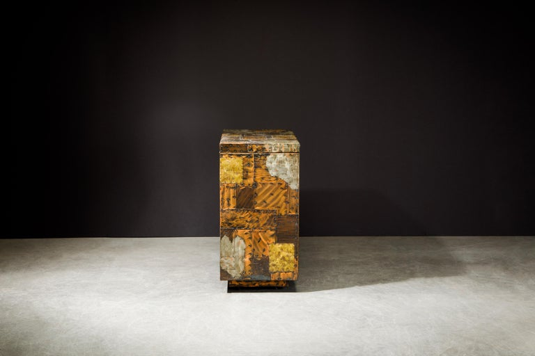 Paul Evans Patchwork Copper Flip-Top Dry Bar Cabinet for Directional, circa 1967 In Good Condition For Sale In Los Angeles, CA