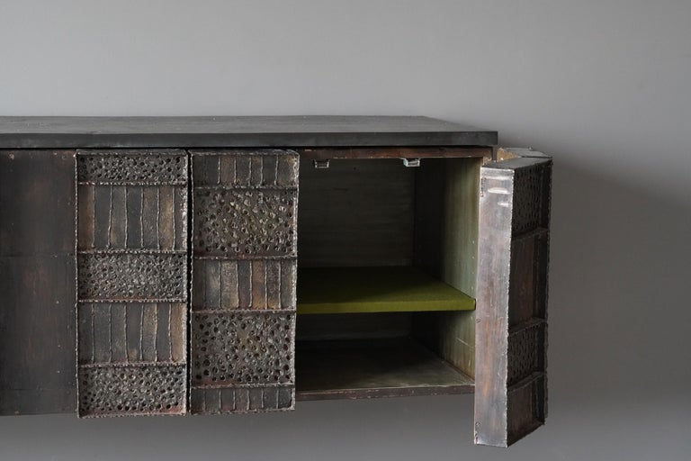 Paul Evans, Rare Wall-Mounted Studio Cabinet, Steel, Slate, Wood, America, 1962 In Good Condition For Sale In West Palm Beach, FL