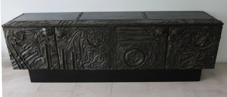 North American Paul Evans Sculpted Bronze Brutalist Sideboard, USA, 1972 For Sale