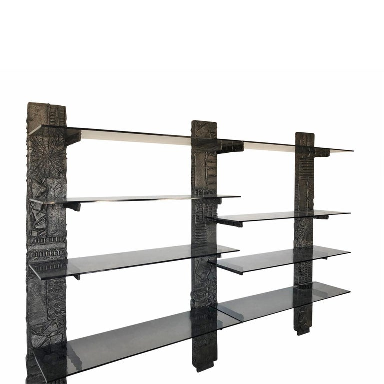 Wall unit in sculpted bronze resin with smoked glass shelves by Paul Evans, American, 1967 (signed