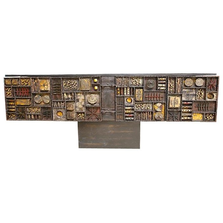 Paul Evans Sculpture Front Cabinet In Good Condition For Sale In West Palm Beach, FL