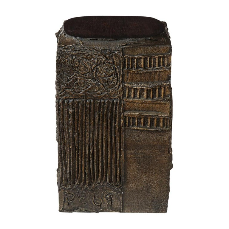 Paul Evans Side Table, Sculpted Bronze and Walnut, Signed In Good Condition For Sale In New York, NY