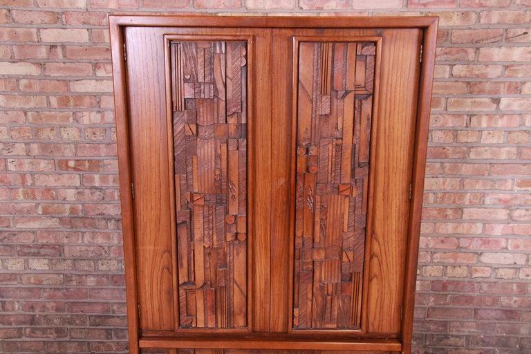Late 20th Century Paul Evans Style Lane Pueblo Brutalist Mid-Century Modern Oak Armoire Dresser For Sale