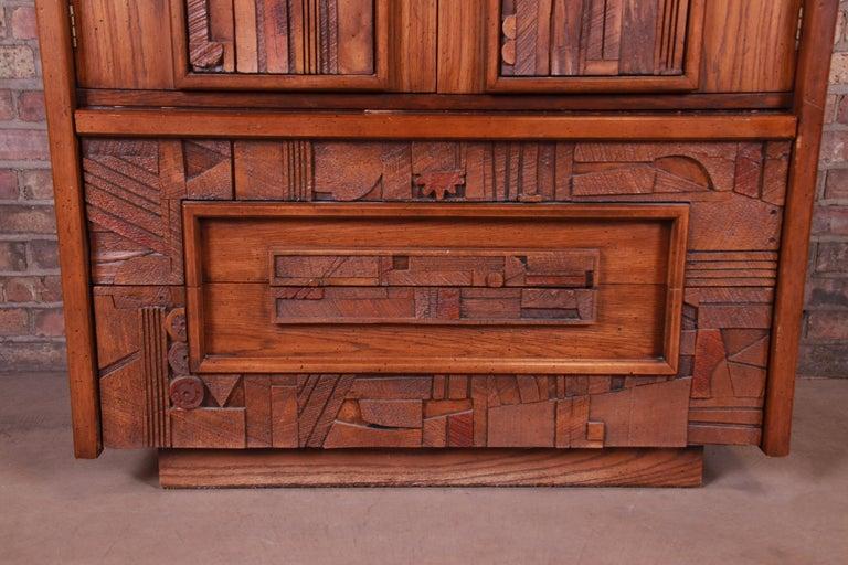 Paul Evans Style Lane Pueblo Brutalist Mid-Century Modern Oak Armoire Dresser For Sale 1