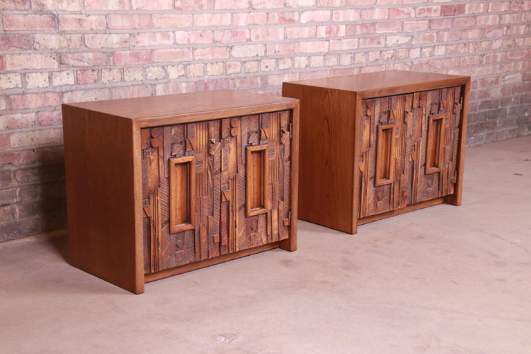 Paul Evans Style Lane Pueblo Brutalist Oak Nightstands, Newly Refinished In Good Condition For Sale In South Bend, IN